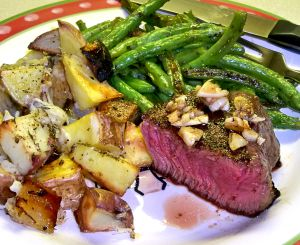 Pan-Seared Filet Mignon Recipe Photo